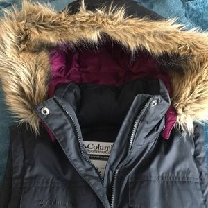 Columbia Women's Down Puffer Vest with hood